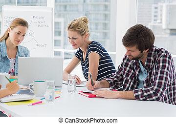 conferência, ao redor, pessoas negócio, tabela, casual