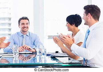 conferência, executivos, clapping, ao redor