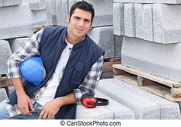 confiado, trabajador construcción