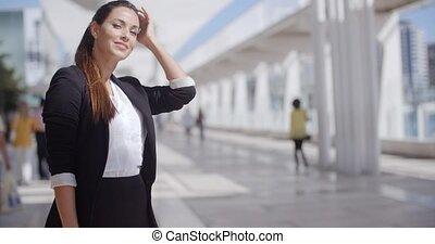 confiant, femme affaires, sourire heureux, jeune