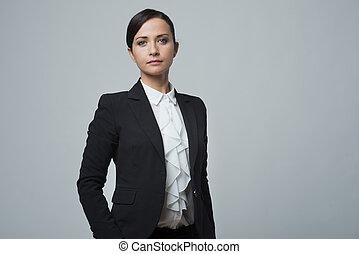 confiant, fort, poser, femme affaires