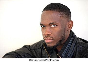 confiant, jeune, américain, homme, africaine