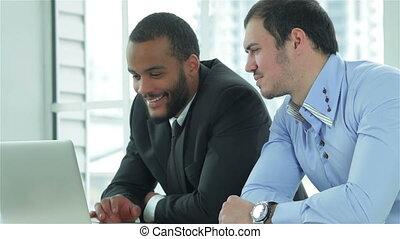 confiant, métier, bon, deux, homme affaires