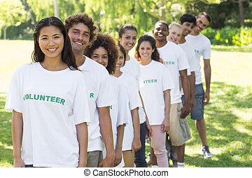 confiante, linha, ficar, voluntários