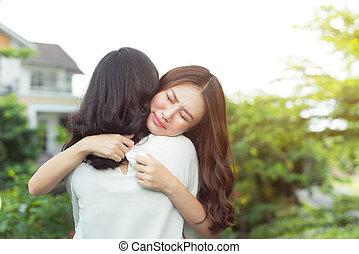confort, elle, après, haut, triste, coupure, mieux, embrasser, ami fille