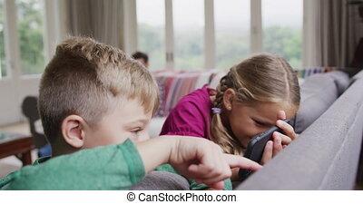 confortable, 4k, sofa, téléphone, mobile, frères soeurs,...