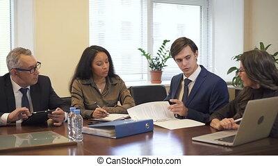 confortable, compagnie, conférence, briefing, bureau, room., multiethnic