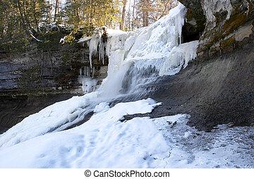congelado, cascada