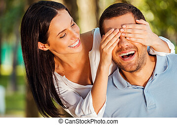 conjecture qui ?, beau, jeune femme, couvrant yeux, de,...