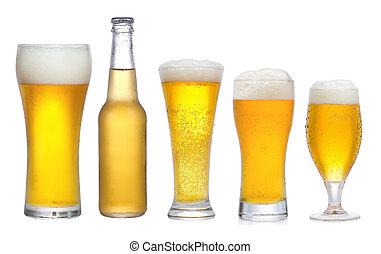 conjunto, con, diferente, copas de cerveza