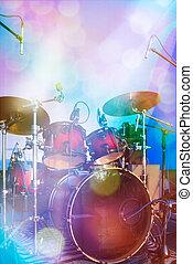 conjunto de tambor, sobre el escenario