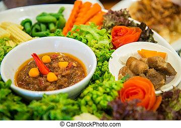 conjunto, de, verduras frescas, y, picante, salsa