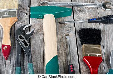 conjunto, edificio, herramientas, en, viejo, tablas