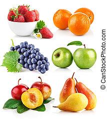 conjunto, frutas frescas, con, hojas verdes