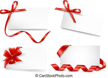 conjunto, regalo, nota, arcos, tarjeta roja