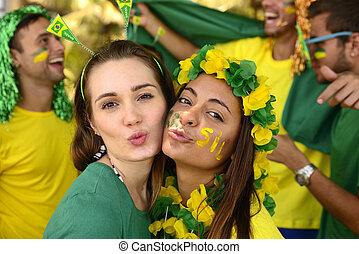 conmemorar, niñas, victory., ventiladores, brasileño, futbol
