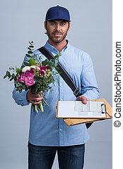 consegna, mazzolino, fiore, portare, uomo