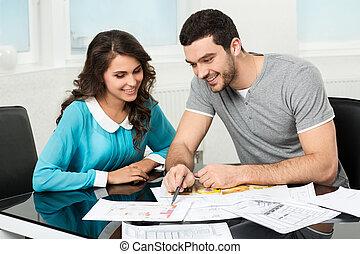 considérer, conception, couple, appartement, avenir