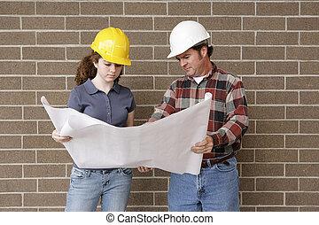 construcción, equipo, con, planos