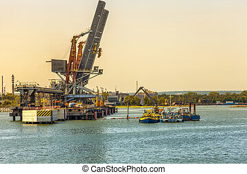 Construcion site in Port - Construction works on the docks ...