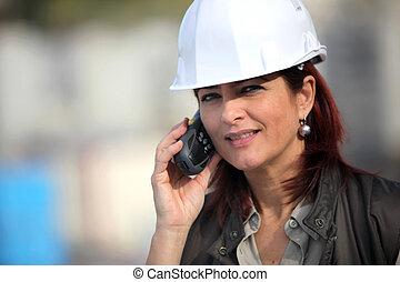 construction, femme, site, entrepreneur