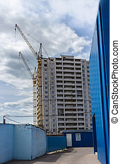 construction of high-rise buildings and cranes
