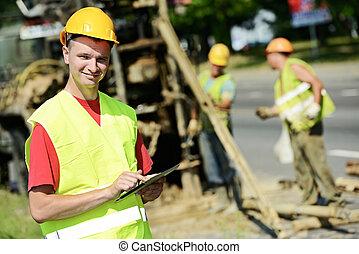 constructor, sitio, sonriente, trabaja, camino, ingeniero
