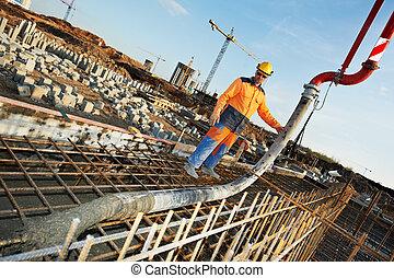 constructor, trabajador, en, concreto, el verter, trabajo