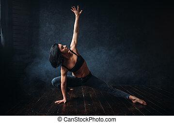 contemp, tanzende frau, schauspieler, in, tanz, klasse