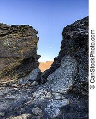Continental Divide Rocks