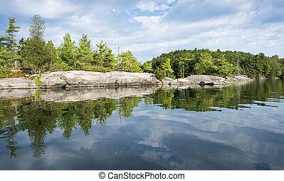 contorno costa, reflexão, de, norte, lago
