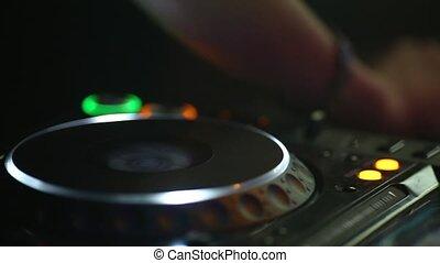 contrôle, éloigné, danse, club., nuit, dj, travaux