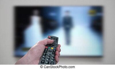 contrôle, éloigné, tv, -, main, canaux, hd, utilisation, mâle, changement