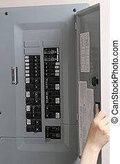 contrôle, femme, vérification, fusibles, électrique, automatique, panneau