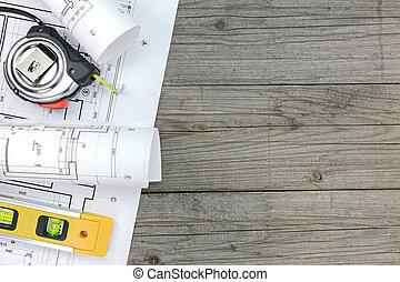 contratista, trabajo, herramientas, con, plano, en, escritorio de madera