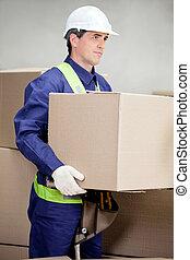 contremaître, levage, boîte carton, à, entrepôt