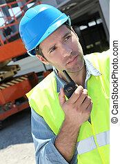 contremaître, talkie-walkie, site construction, utilisation