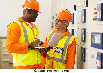 controle, industriebedrijven, kamer, werkende , ingenieurs