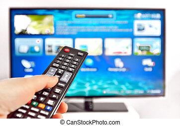 controle, remoto, tv, mão, apertando, esperto