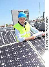 controleren, photovoltaic, installatie, ingenieur