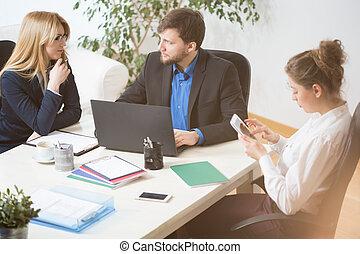 conversation, bureau