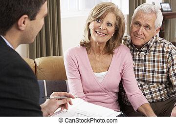 conversation, couple, financier, personne agee, conseiller