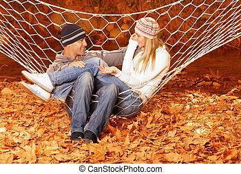 conversation, couple, hamac