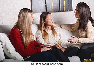 conversation, eating., amis, jeune, trois