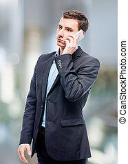 conversation, homme affaires, téléphone bureau