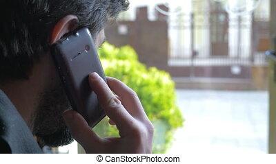 conversation, homme affaires, téléphone