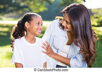 conversation, indien, fille, mère