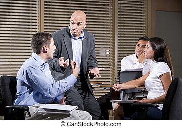 conversation, ouvriers, groupe, directeur, bureau