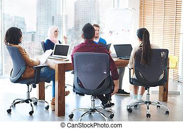 conversation, ouvriers, réunion, bureau