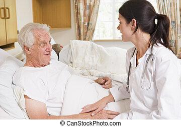conversation, personne agee, docteur, homme